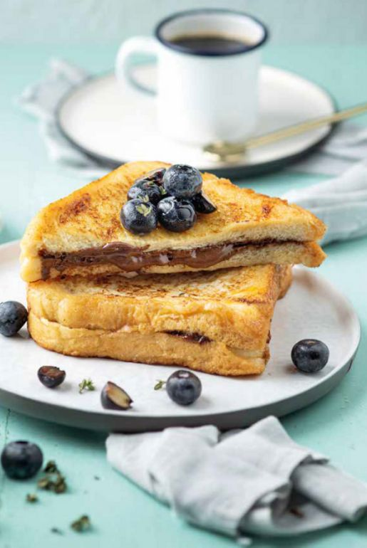 French toast con crema spalmabile al cioccolato